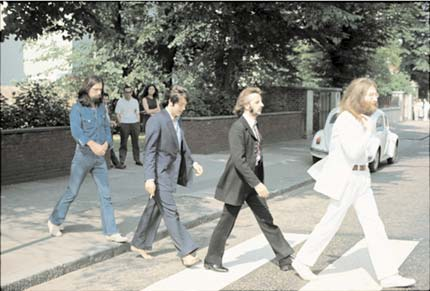 The Beatles, Abbey Road, London by Linda McCartney. Source: bonnibenrubi.com