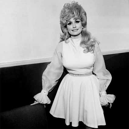 Dolly Parton by Henry Horenstein. Source: clampart.com