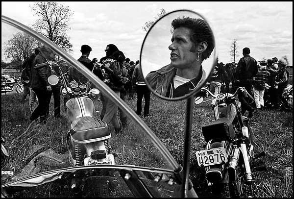 Photo by Danny Lyon . Source: houkgallery.com
