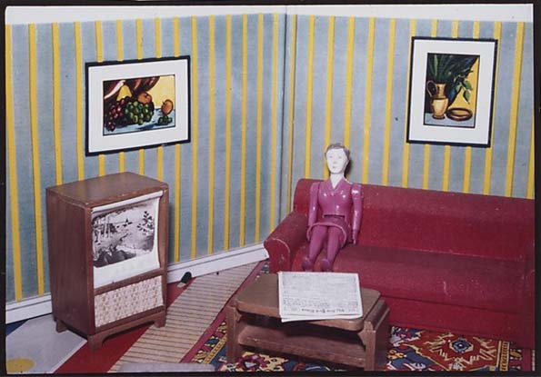 Photo by Laurie Simmons . Source: metmuseum.org